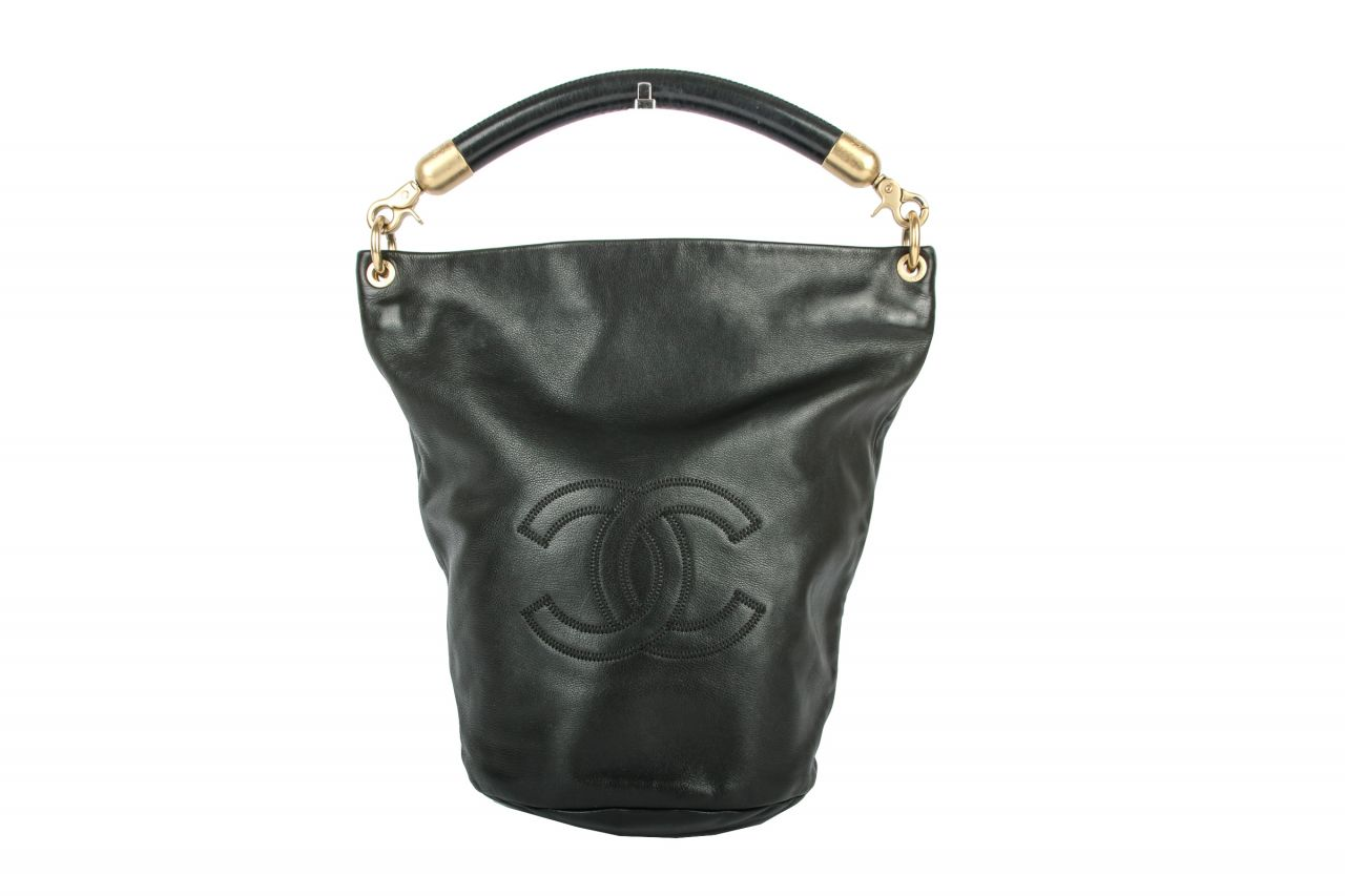Chanel Bucket Bag Schwarz