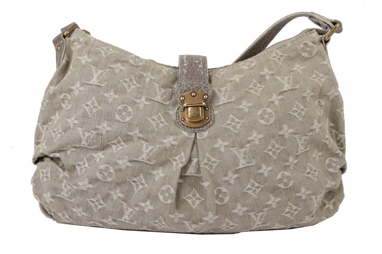 Louis Vuitton Denim Pleaty Monogram Shoulder Bag Grau