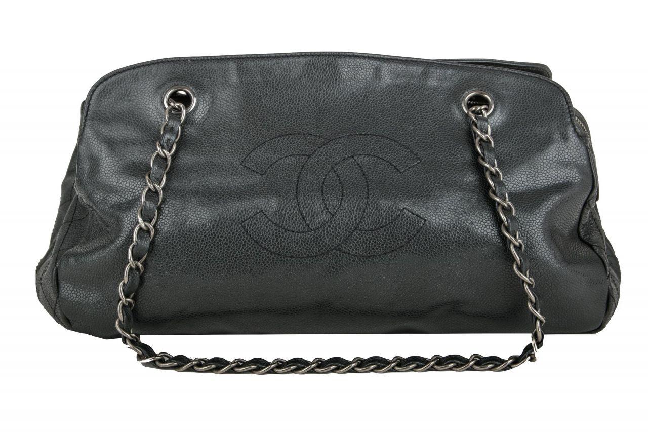 Chanel Bag Caviar Schwarz
