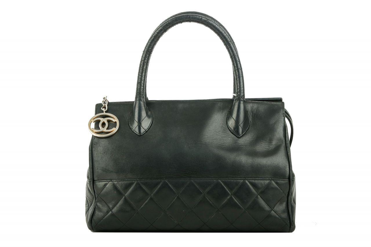 Chanel Vintage Bag Black