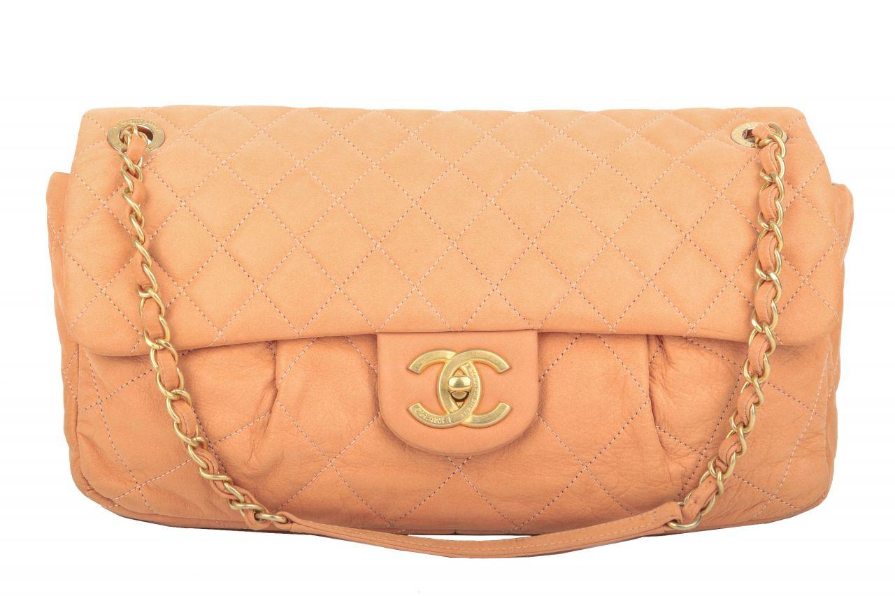 Chanel Classic Flap Shoulder Bag Rosé