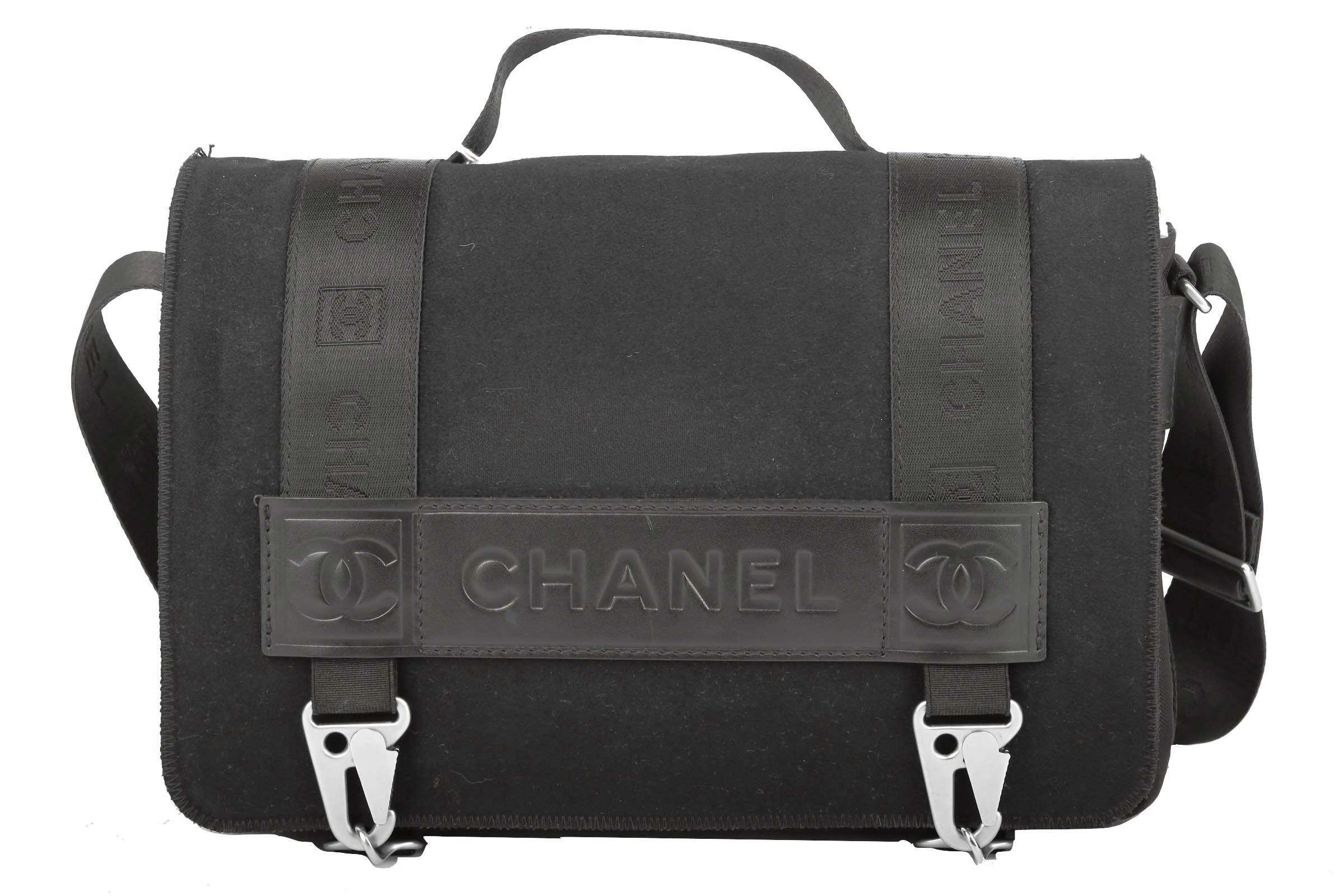 Chanel Messenger Bag Black