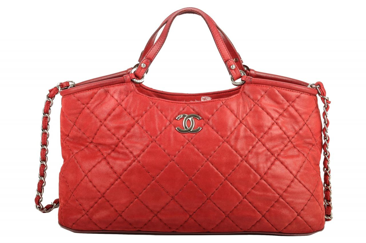 Chanel Shopper Red