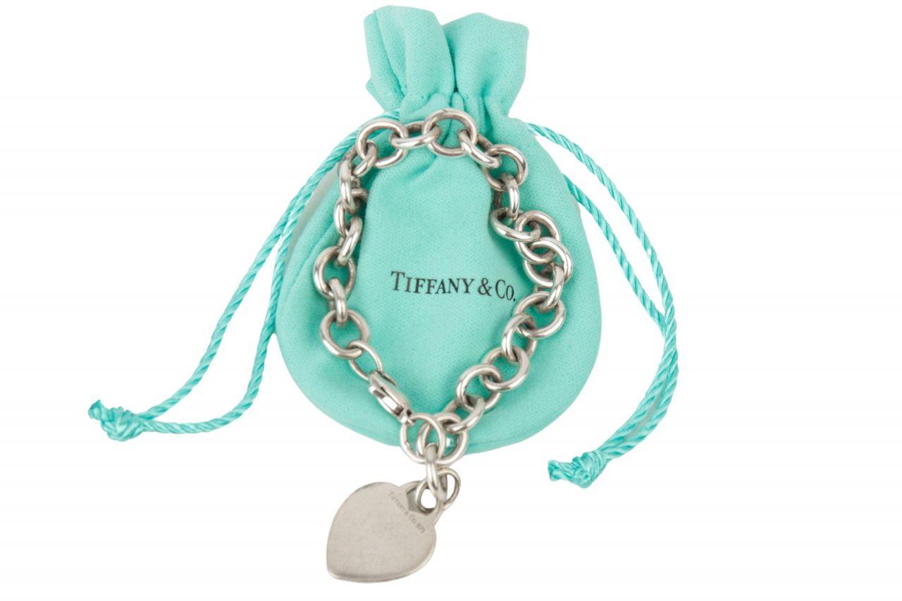 Tiffany & Co. Charm-Armband mit Herzanhänger