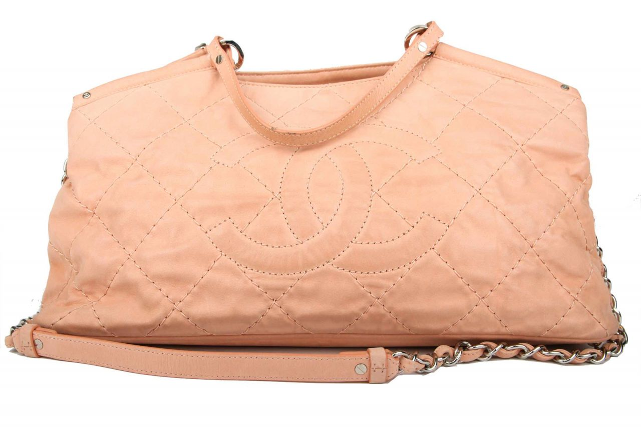Chanel Shopper Apricot