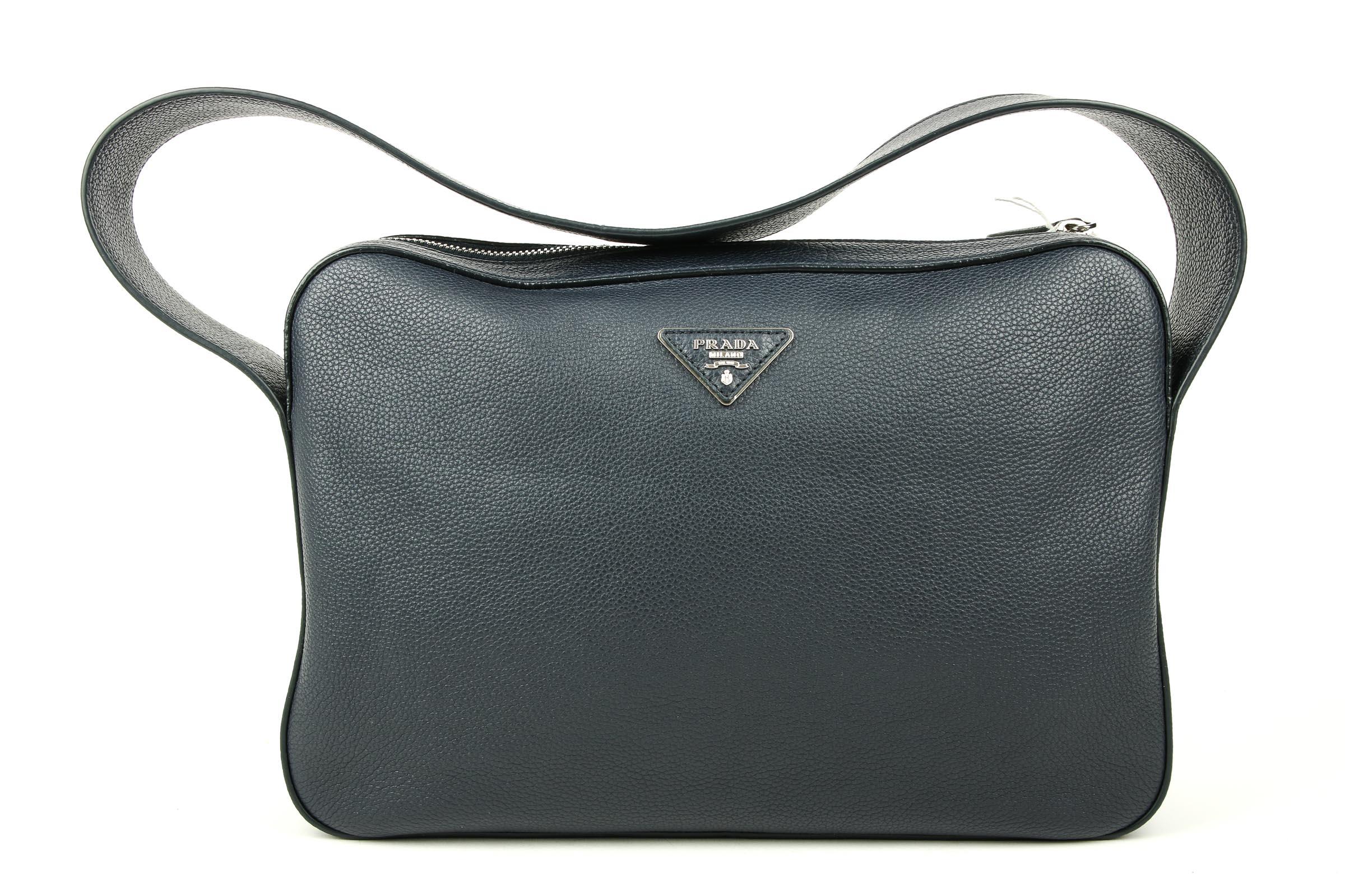 407e2587b6bcf Vorschau  Prada Vitello Daino Shoulder Bag in Baltico Blue. Vorschau  Prada  Vitello Daino Shoulder Bag in Baltico Blue
