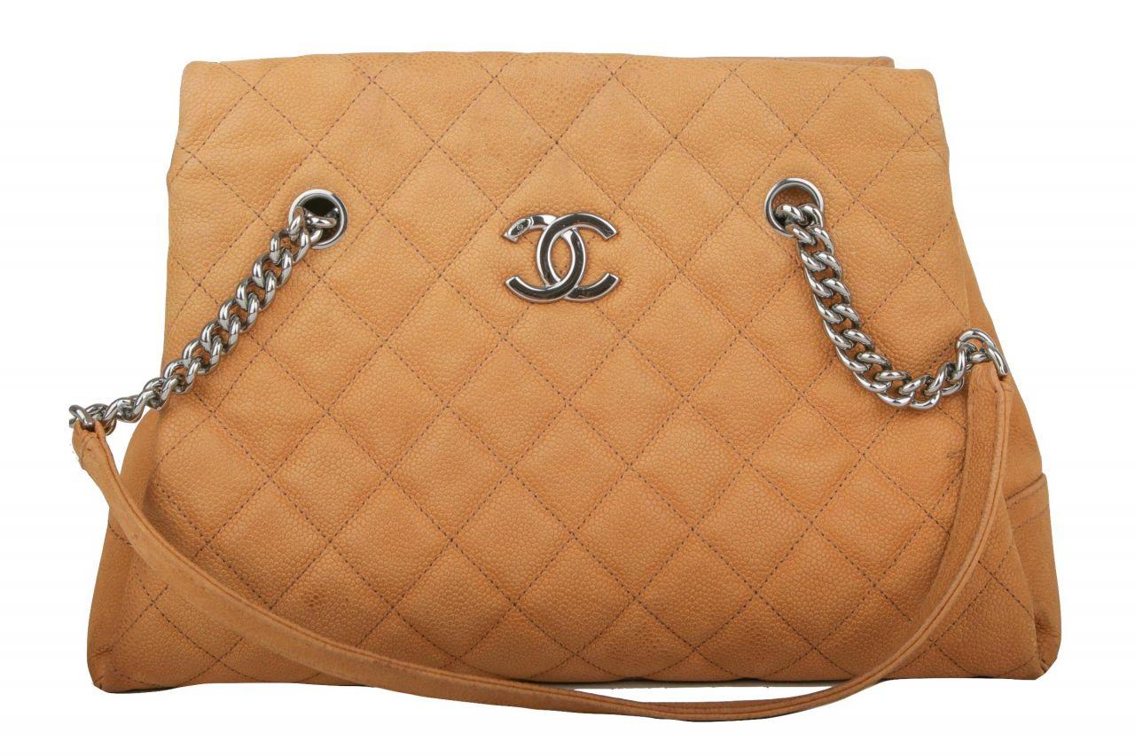 Chanel Schultertasche Braun