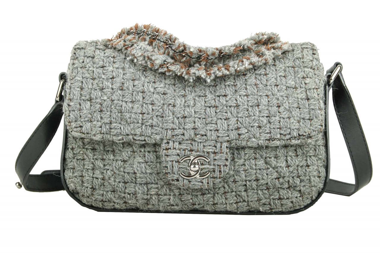 Chanel Crossbody Bag Baumwolle Grau