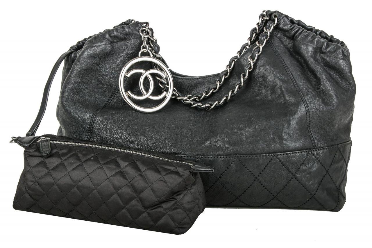 Chanel Shopper Schwarz inkl. Pochette