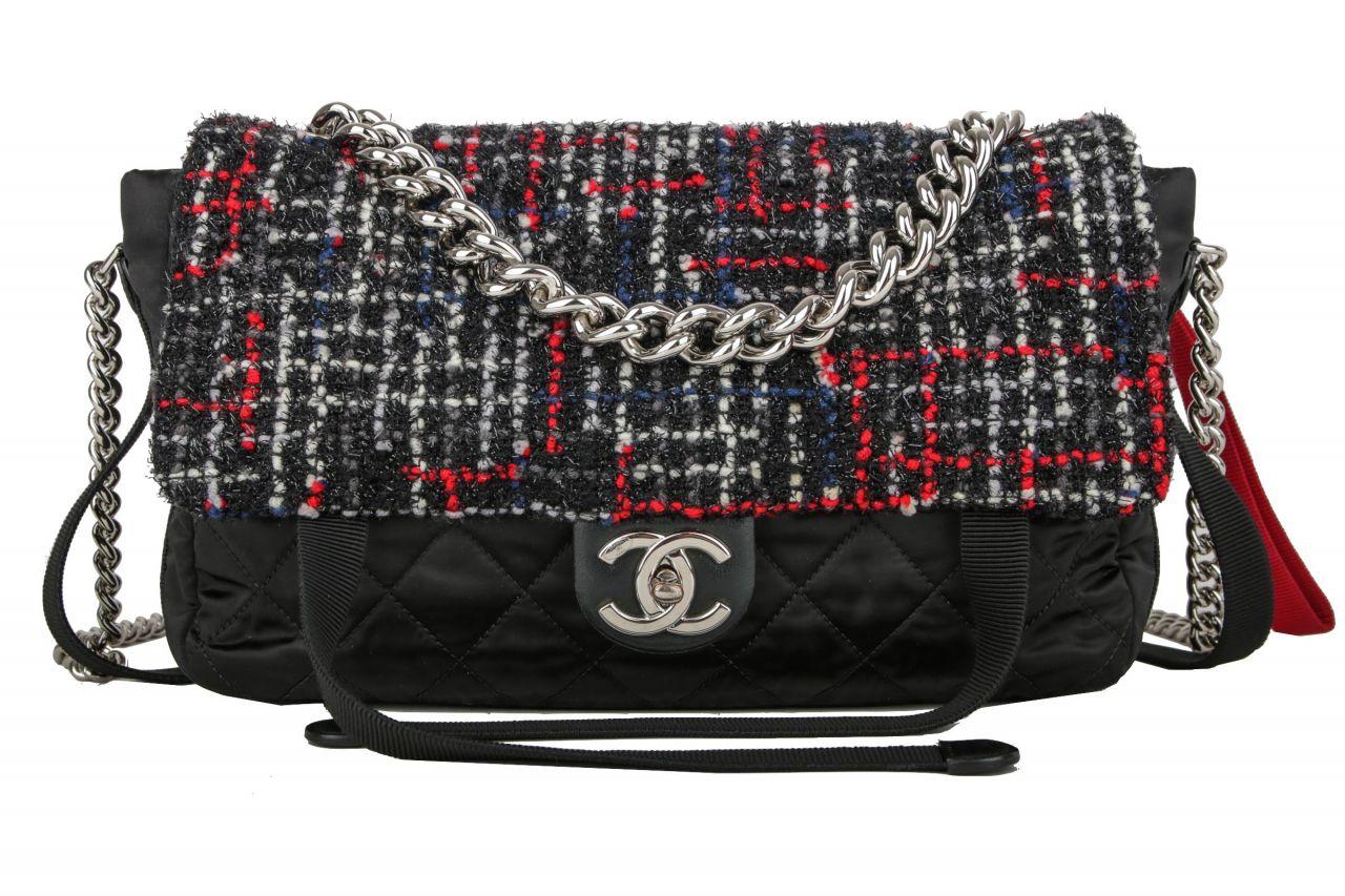 Chanel Easy Flap Bag Tweed