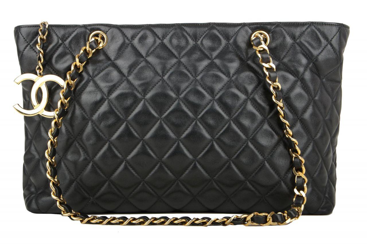 Chanel Quilted Bag Schwarz Gold
