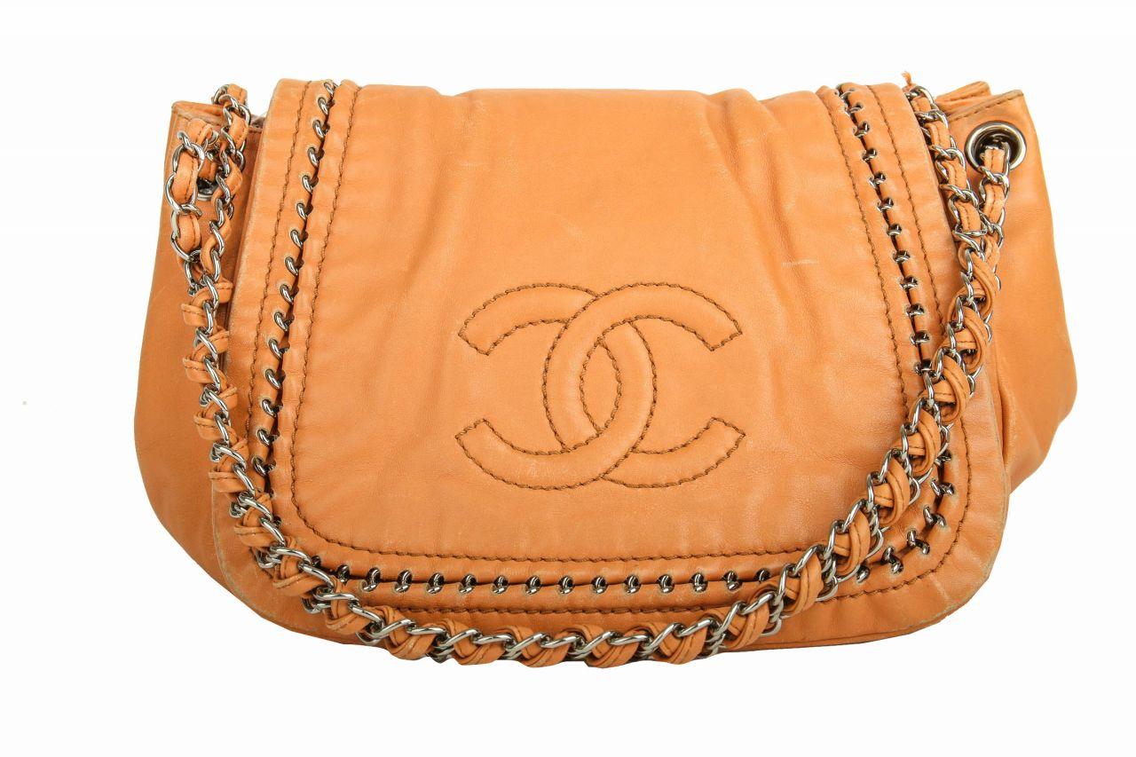 Chanel Schultertasche Cognac