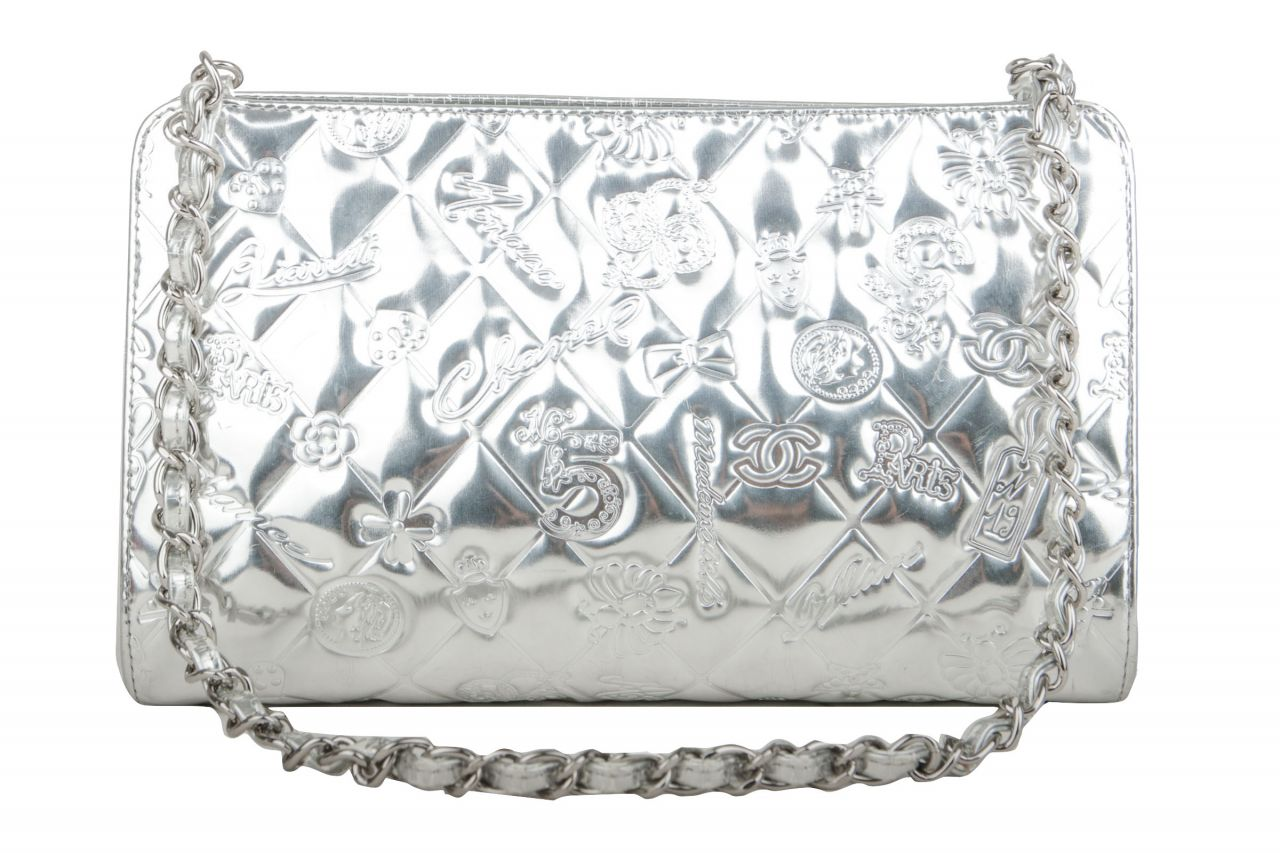 Chanel Lucky Charms Pochette Silber