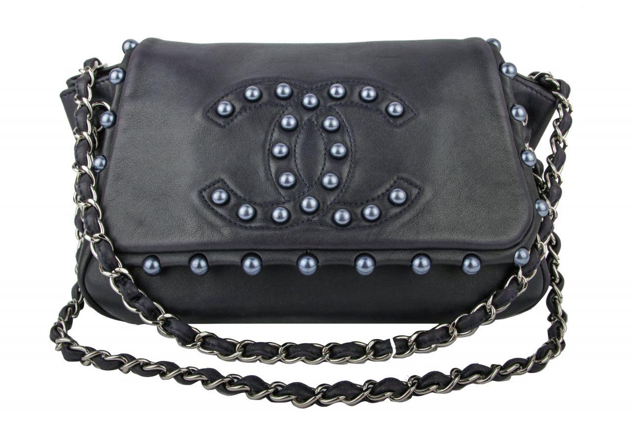 Chanel Easy Flap Bag Blau mit Perlen