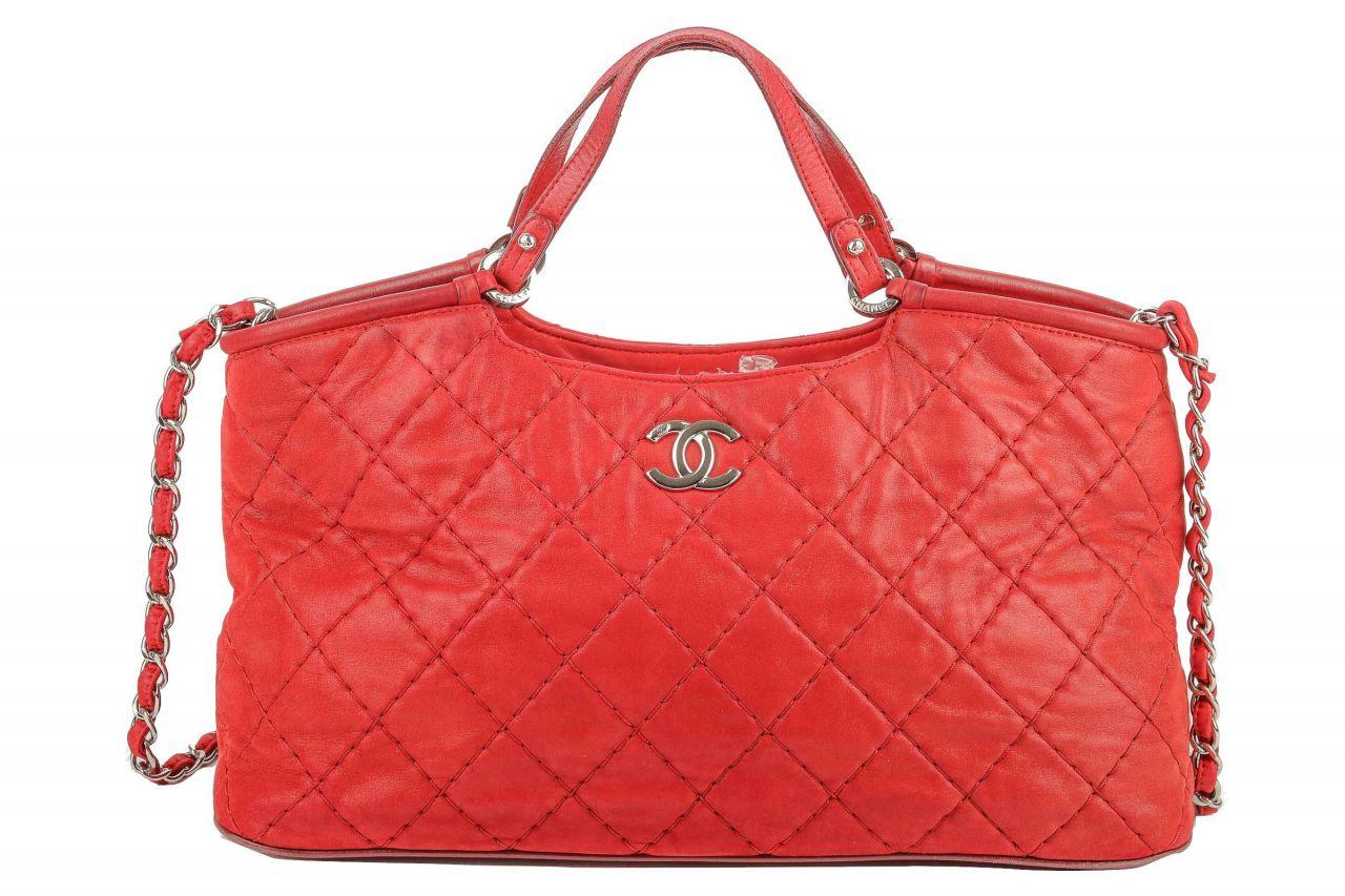 Chanel Shopper Red