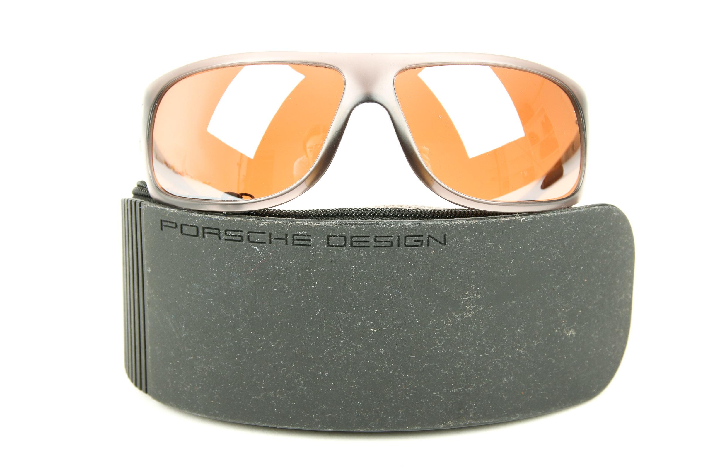 porsche design handtaschen accessoires. Black Bedroom Furniture Sets. Home Design Ideas