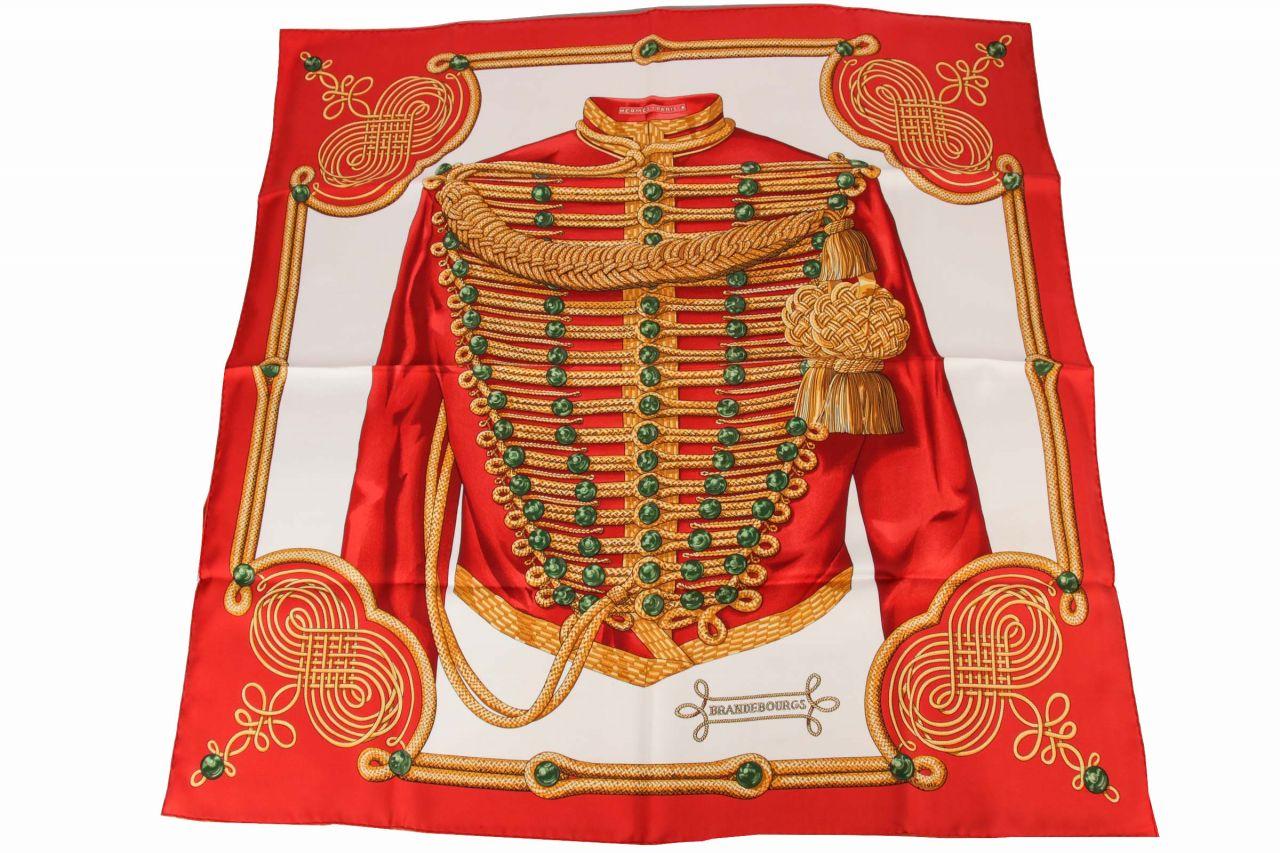 """Hermès Carré """"Brandebourgs"""" Rouges 90cmx90cm"""