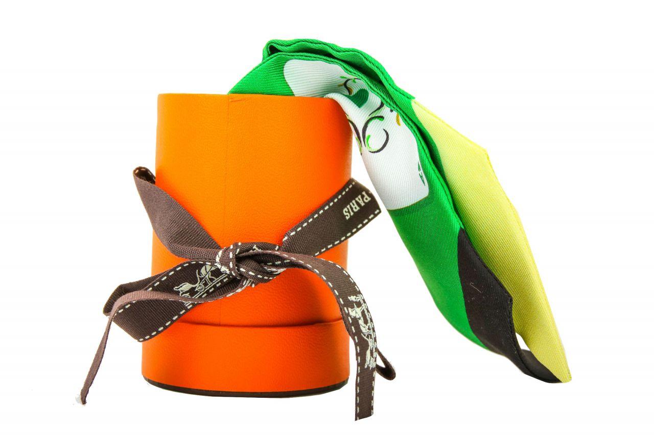"Hermès Twilly ""Jeu de Cartes"" in grün aus Seide"