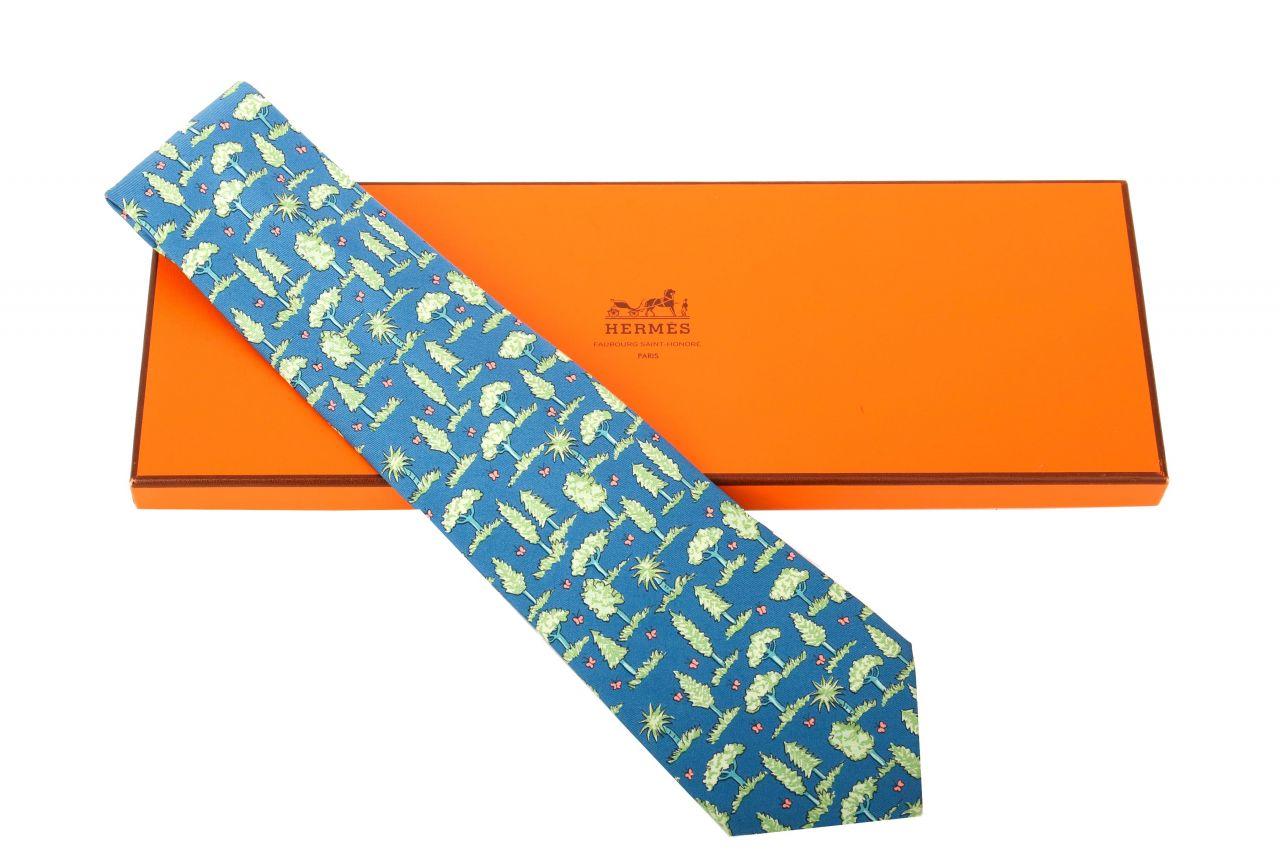 Hermès Krawatte Blau mit Bäumen