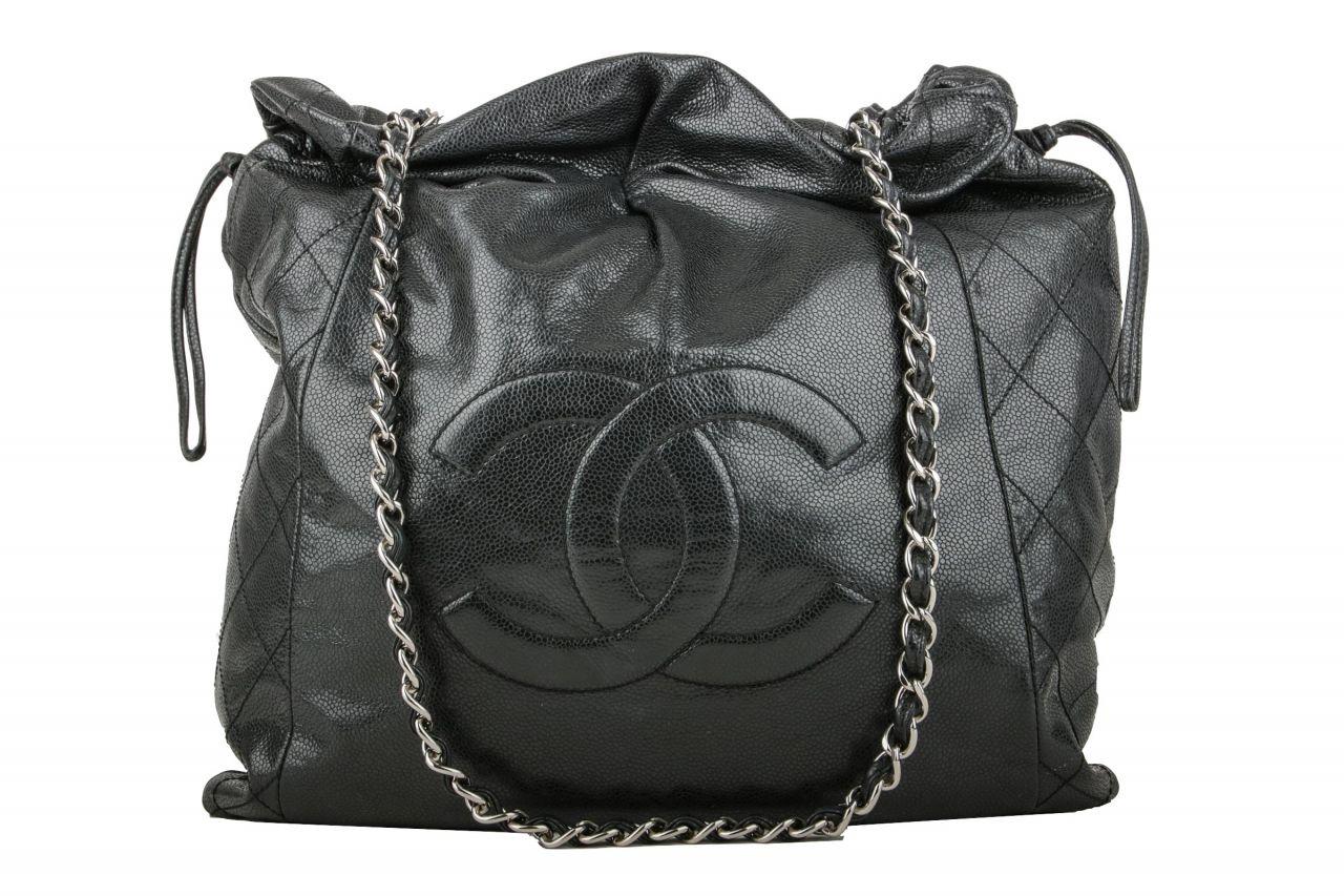 Chanel Beuteltasche Schwarz