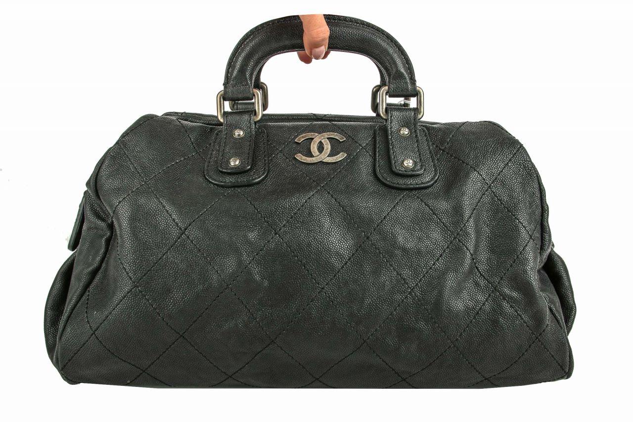Chanel Handtasche Kaviarleder Schwarz