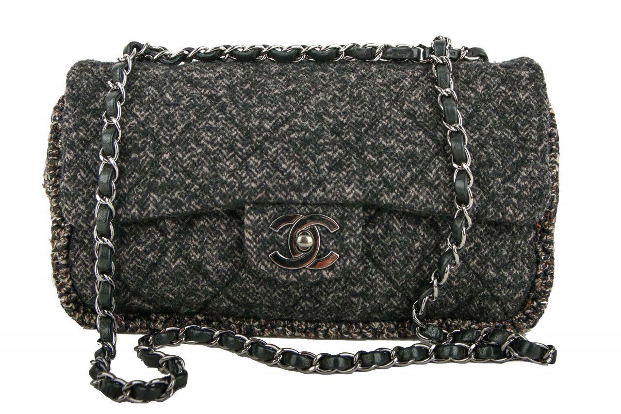 Chanel Tweed Shoulder Bag Black