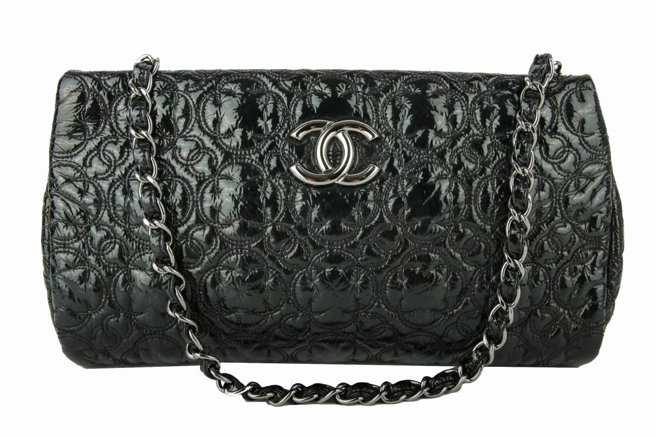 Chanel Logo Bag Lackleder Schwarz