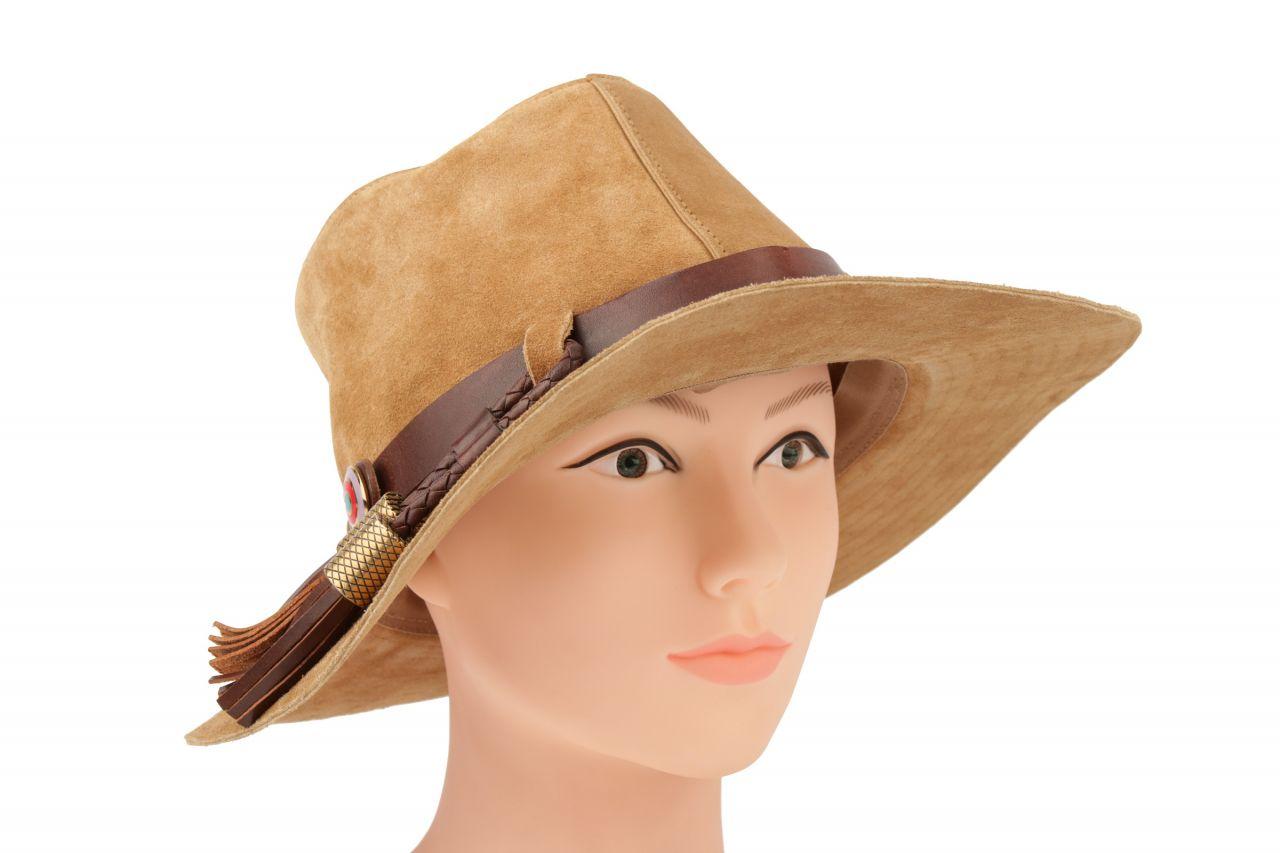Balenciaga Wildleder Hut mit Lederzierband in Größe 58