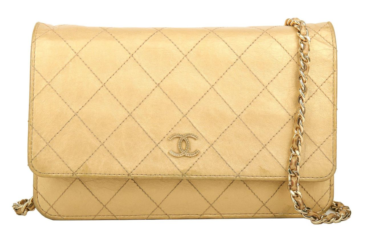 Chanel Vintage Wallet on Chain Gold