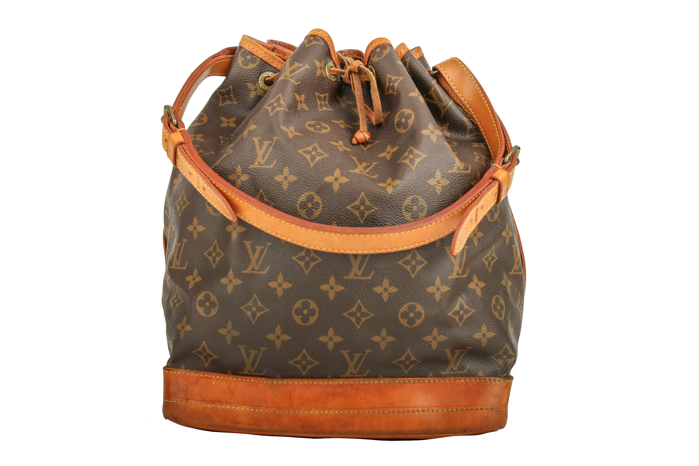 900a34c74657c Louis Vuitton Sac Noé Grand Monogram Canvas