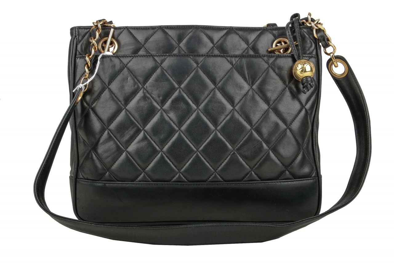 Chanel Vintage Shoulder Bag Black