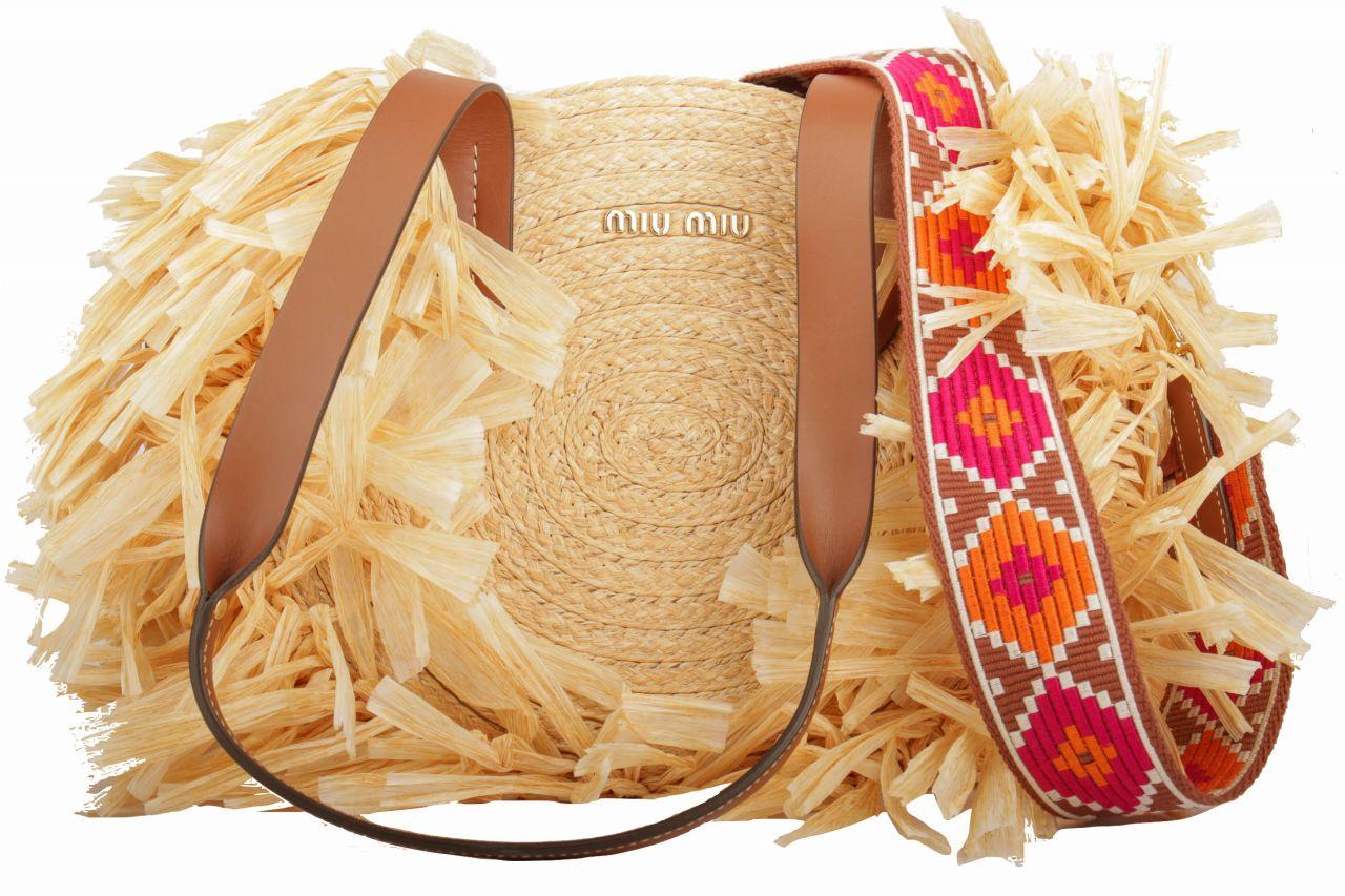 Miu Miu Handtasche aus Stroh